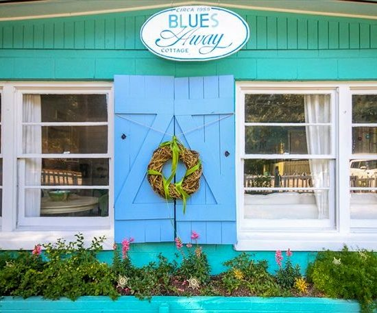 Blues Away Beach Cottage Name