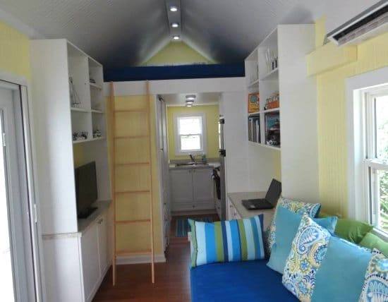 Tiny rv beach house cottage living on st george island for Interior designs for tiny houses