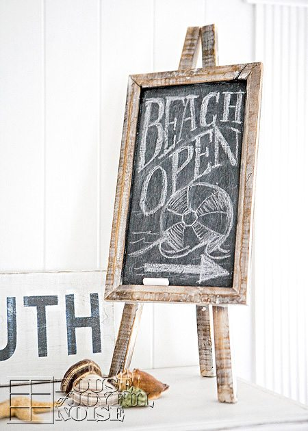 Summer Mantel Beach Sign