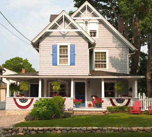 New England Style Beach Cottage