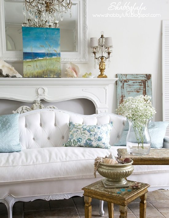 Shabby chic beach decor ideas for your beach cottage Shabby chic living room accessories