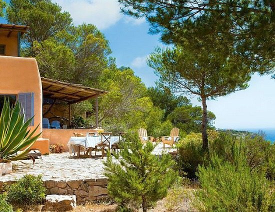 Simple Natural Island Style Living on Formentera Spain