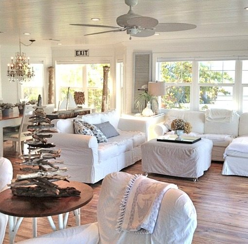 Pure white decor in a remodeled vintage beach cottage on for Cottage beach house decor