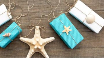 Simple Beachy Gift Wrapping Ideas with Shells, Brown Paper & Twine