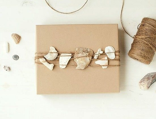 Twine Gift Wrap with Packaging Paper and Shells