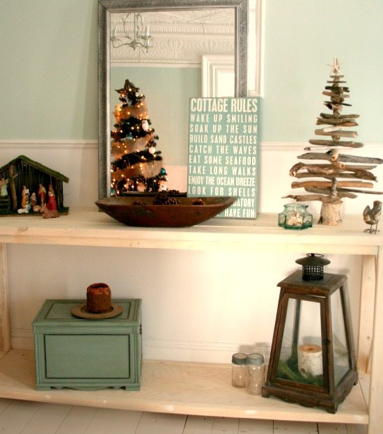 Cottage Christmas Foyer