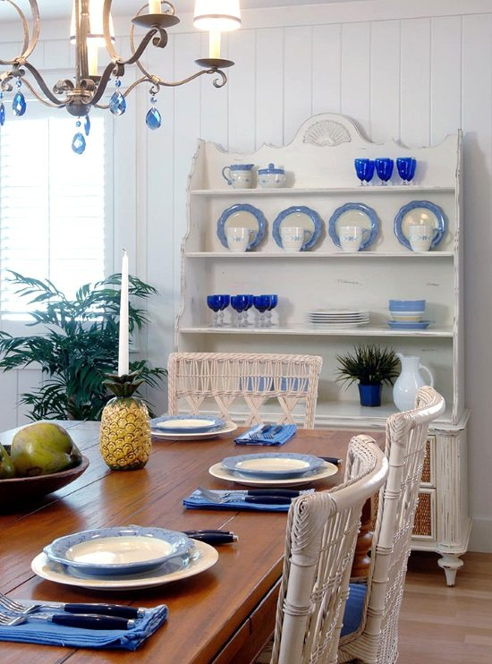Serene Sanibel Cottage Style Home In Blue Amp Yellow With