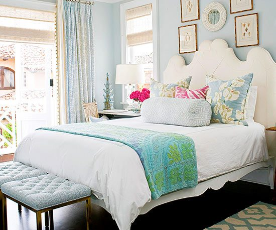 Attractive Gray Blue Walls For A Soothing Beach Bedroom