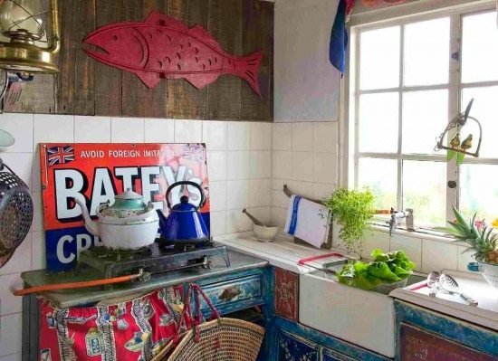 Old Rustic Beach Cottage Kitchen