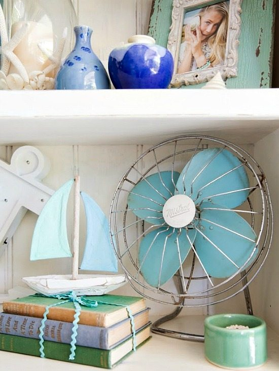 Vintage Style Shelf Decor