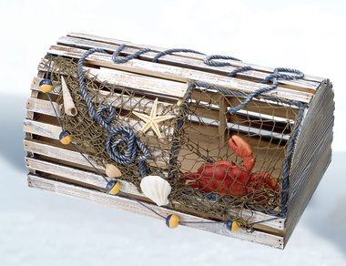 10 Decorative Lobster Trap Ideas for your Beach House - Beach Bliss Living